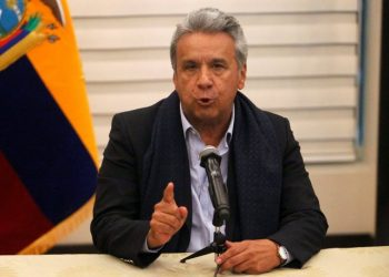 Ecuador's President Lenin Moreno gives a news conference upon his arrival at the airport in Quito, Ecuador April 12, 2018. Picture taken April 12, 2018. REUTERS/Daniel Tapia